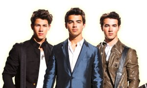 the-jonas-brothers-have-released-their-final-material-to-fan-club-members
